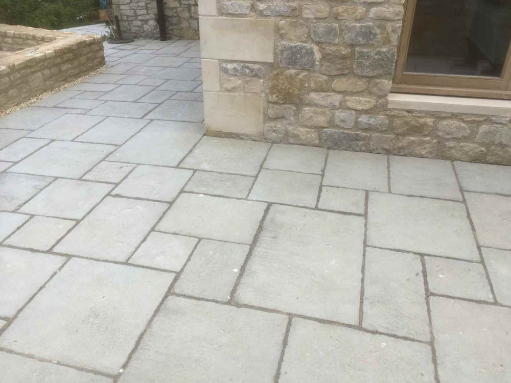 3.0m x 3.0m Premier Yorkstone Patio Kit Olive Green.